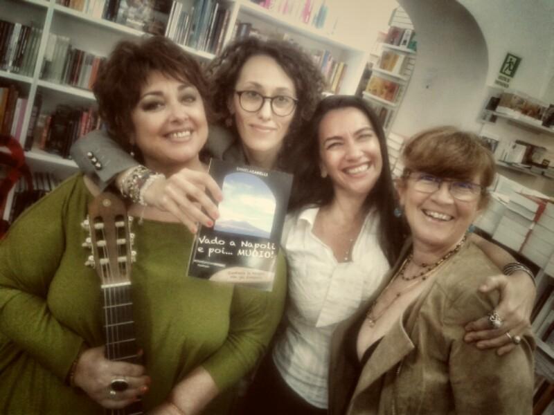 MOOKS Mondadori Book Store